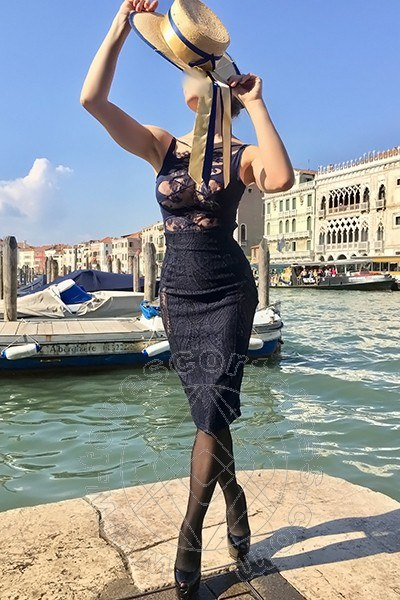 Angelica Faliero  MILANO 3928076020
